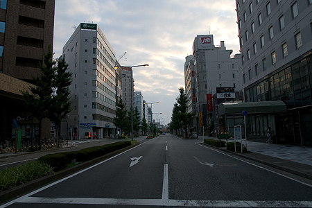 早朝名古屋駅表-1