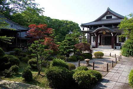 石山寺境内