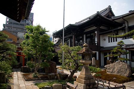 円頓寺境内
