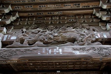 仁王門の彫り物
