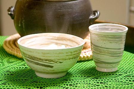 織部のご飯茶碗