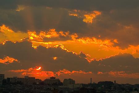 ドラマチックな夕焼け空