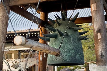 岡本太郎の鐘