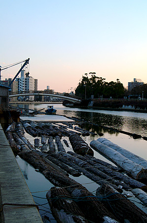 堀川の貯木場